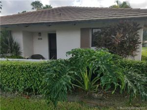 828 Club Dr #828. Palm Beach Gardens, Florida - Hometaurus