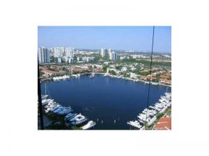 21205 Yacht Club Dr #2803. Aventura, Florida - Hometaurus