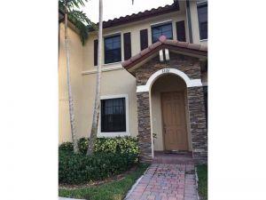3220 SE 7th St. Homestead, Florida - Hometaurus
