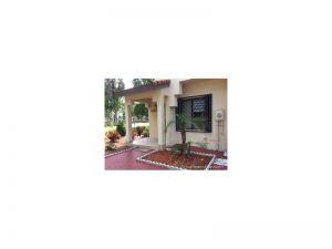 14200 SW 57th Ln #1-c-1. Miami, Florida - Hometaurus
