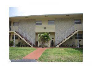 1765 Venice Ln #3e. North Miami, Florida - Hometaurus