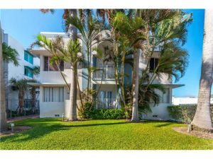 9248 Collins Ave #203. Surfside, Florida - Hometaurus