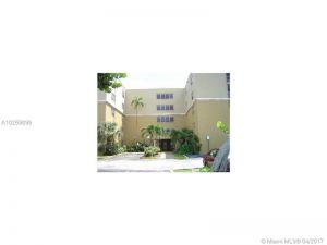 6940 Miami Gardens Dr #1-520. Hialeah, Florida - Hometaurus