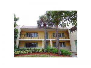 515 Meadows Cir #515. Boynton Beach, Florida - Hometaurus