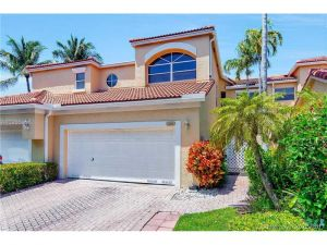 3435 NE 210th St #3435. Aventura, Florida - Hometaurus