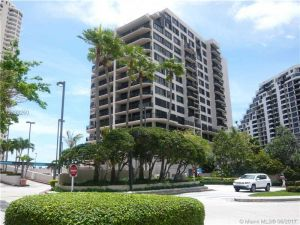 540 Brickell Key Dr #801. Miami, Florida - Hometaurus