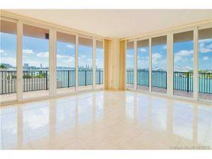 1000 Venetian Wy #501. Miami, Florida - Hometaurus