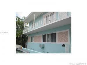 945 Meridian Ave #5. Miami Beach, Florida - Hometaurus