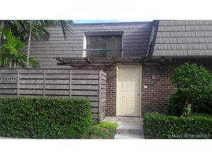 1012 10th Ter. Palm Beach Gardens, Florida - Hometaurus