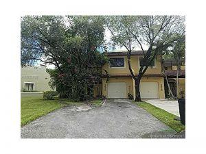 3936 Adra Ave #A-53. Doral, Florida - Hometaurus