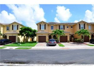 9323 SW 221st Way. Cutler Bay, Florida - Hometaurus