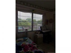 300 SW 130 Ter #402 B. Pembroke Pines, Florida - Hometaurus