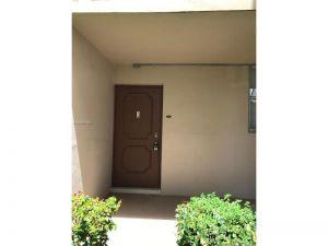 5940 64 Ave #101. Tamarac, Florida - Hometaurus