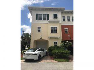 629 SW 1st Ave #629. Pompano Beach, Florida - Hometaurus