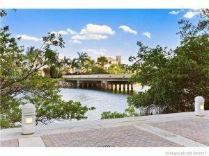 6000 Island Bl #104. Aventura, Florida - Hometaurus