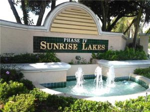 2748 NW 104th Ave #103. Sunrise, Florida - Hometaurus