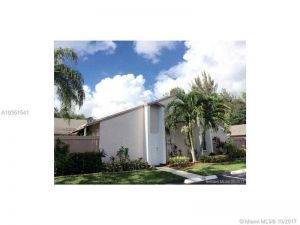101 NW 115th Ave #206. Plantation, Florida - Hometaurus