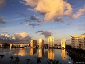 18181 NE 31st Ct #901. Aventura, Florida - Hometaurus