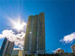 6365 Collins Ave #3311. Miami Beach, Florida - Hometaurus