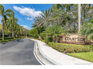 2611 Center Court Drive #4-2. Weston, Florida - Hometaurus