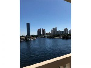 19707 E Turnberry Way #6j. Aventura, Florida - Hometaurus