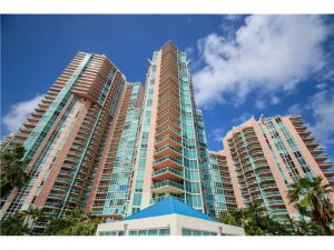 3370 Hidden Bay Dr #1615. Aventura, Florida - Hometaurus