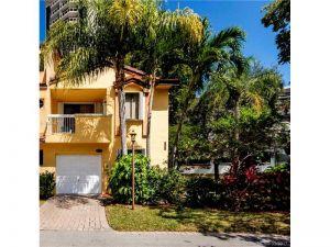 21391 E Marina Cove Cir #19-k. Aventura, Florida - Hometaurus