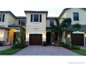 11255 NW 88 St #11255. Doral, Florida - Hometaurus