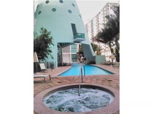 6000 Collins Ave #546. Miami Beach, Florida - Hometaurus