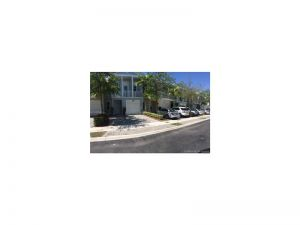 7502 NW 107th Pl #7502. Doral, Florida - Hometaurus