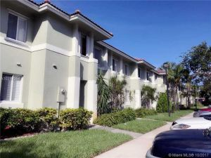 131 Hidden Ct Rd #16-e. Hollywood, Florida - Hometaurus