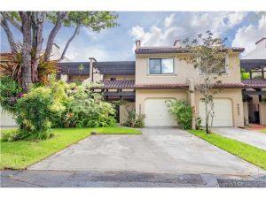 9825 Costa Del Sol Blvd #C105. Doral, Florida - Hometaurus