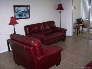 2999 NW 48th Ave #147. Lauderdale Lakes, Florida - Hometaurus