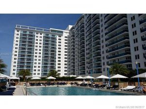 2301 Collins Ave #1512. Miami Beach, Florida - Hometaurus