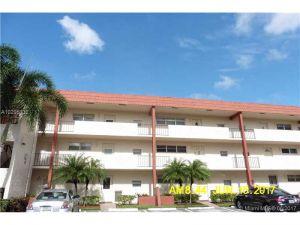 9711 N Hollybrook Lake Dr #303. Pembroke Pines, Florida - Hometaurus