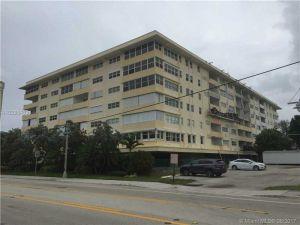 401 Briny #216. Pompano Beach, Florida - Hometaurus
