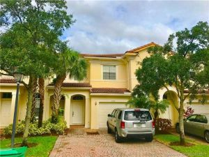 2556 SW 85th Ter #104. Miramar, Florida - Hometaurus