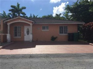 18385 NW 75th Path #2901. Hialeah, Florida - Hometaurus