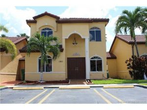 18753 NW 84th Psge 1902. Hialeah, Florida - Hometaurus