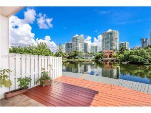 203 Poinciana Dr #103. Sunny Isles Beach, Florida - Hometaurus