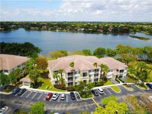 11693 W Atlantic Blvd #823. Coral Springs, Florida - Hometaurus