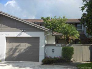 10009 NW 52nd Ter #10009. Doral, Florida - Hometaurus