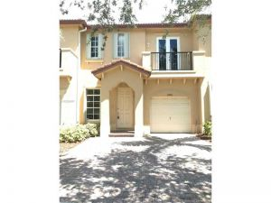 12983 SW 135th Ter #1. Miami, Florida - Hometaurus
