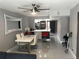 2541 N 40th Ave #2541. Hollywood, Florida - Hometaurus
