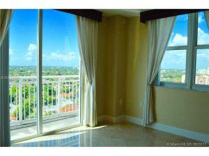 3000 Coral Way #1502. Miami, Florida - Hometaurus