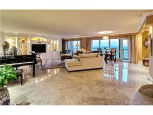 1800 S Ocean Blvd #1010. Lauderdale By The Sea, Florida - Hometaurus