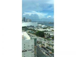 244 Biscayne Blvd #1808. Miami, Florida - Hometaurus