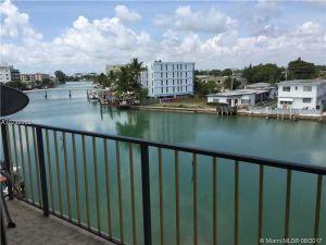 8250 Byron #401. Miami Beach, Florida - Hometaurus