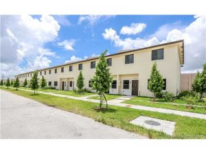 12350 SW 256th St #12350. Homestead, Florida - Hometaurus