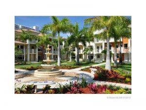 2704 NE 184 Ter #128. Aventura, Florida - Hometaurus